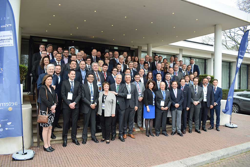 Kongress M&A Worldwide, Gruppenbild